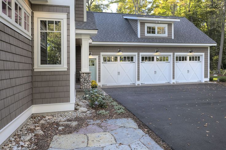 Best 25 Garage Addition Ideas On Pinterest Breezeway Carriage House Garage And Carriage House