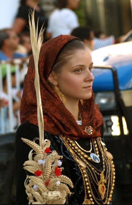 Minho. Folk costumes - Page 11