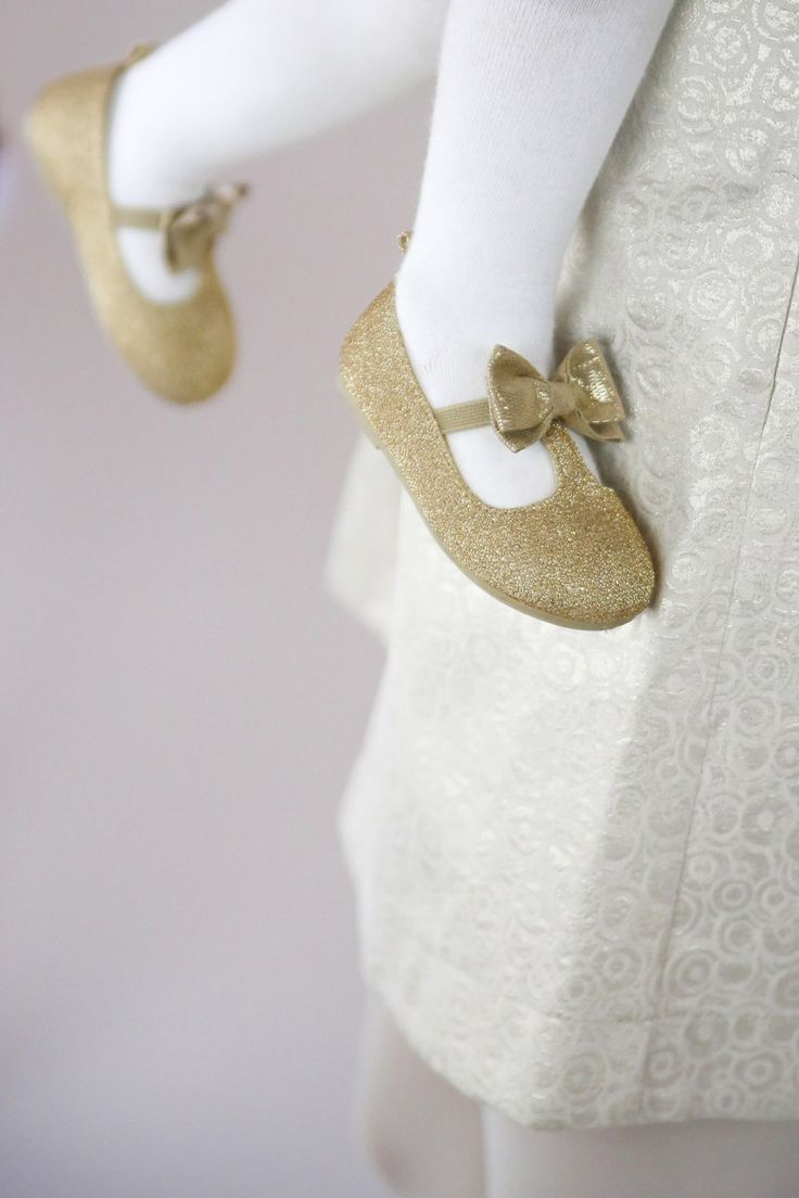 Gold and White party Styled by Piccoli Elfi www.piccolielfi.it