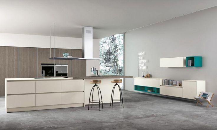 Výjimečnost kuchyní ASPEN spočívá v jejich moderním provedení, spolehlivosti a nadčasovosti. Detailní zpracování a technická řešení jako konstrukční rám z extrudovaného recyklovatelného hliníku, představují nejvýraznější rysy této hi-tech kuchyně. 4 až 6 mm tlusté lesklé panely na skříňkách jsou dostupné v několika povrchových úpravách a speciálních materiálech a spojují v sobě moderní technologie s lehkostí a jednoduchostí. V nabídce jsou i nové moduly o šířce 75 cm a výšce 204 cm.