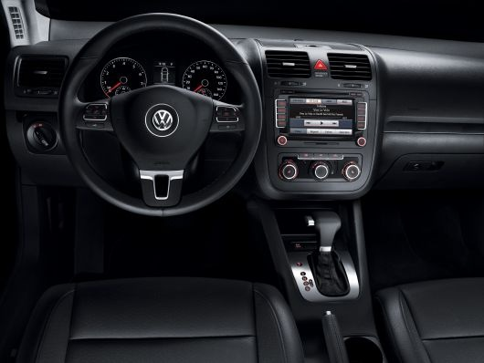 I want my jetta to look this pretty on the inside!!