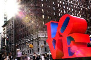 Partez à la découverte de la Big Apple en amoureux. Vous découvrirez New York en toute intimité en incluant une croisière. Vous allierez des visites et du temps libre.