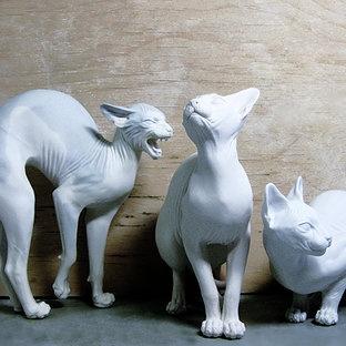 WhiteCat Statues - Belas Galina