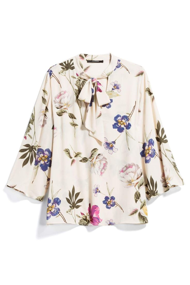 LOVE this gorgeous white floral print bell sleeve blouse from Stitch Fix! #affiliate