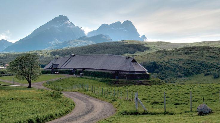 Borg i Lofoten. Lofotr Vikingmuseum er et museum på Borg i Vestvågøy, bygd opp rundt funn fra vikingtiden. Under utgravningenen avdekket man det største huset som hittil er funnet fra vikingtiden. Dette huset er rekonstruert i full størrelse, hele 83 meter langt