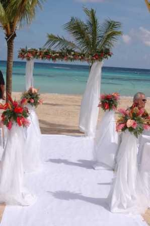 Riu Ocho Rios Is A Most Popular All Inclusive Resort For Destination Weddings Offer An Adult Only Section