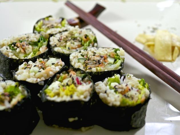 bulgar_wheat_sushi_with_wasabi_ginger_grassrootsandgrains (5)