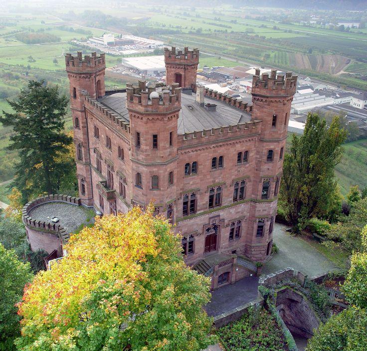 Jugendherberge Schloss Ortenberg. Das ist eine wunderschön gelegenen Jugendherberge in meiner Heimat Ortenau (Baden)