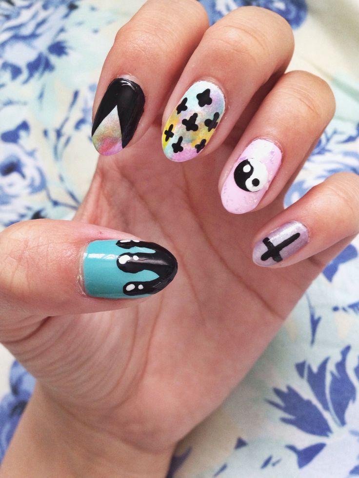 DIY Pastel goth nails!