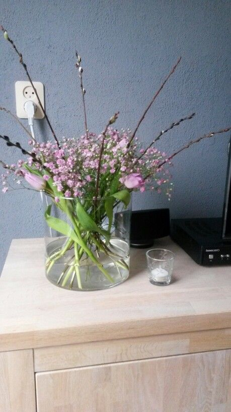 Lila boeket in grote vaas (livingroom, homemade bij Snoef)