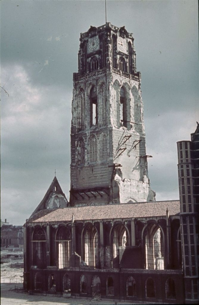 Laurenskerk na bombardement. Laurenskerk after the bombing in the Second World War.