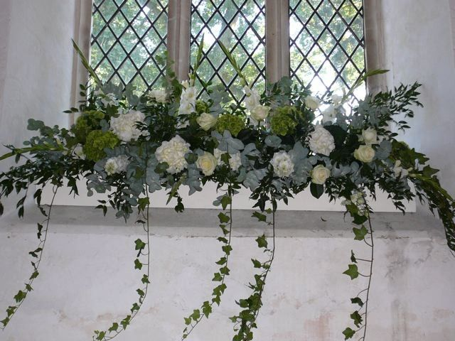 Sonning Flowers | Contemporary flowers handpicked to ...
