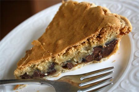 The best chocolate chip cookie pie recipe. This recipe is so easy and the perfect dessert for a party or pot luck.