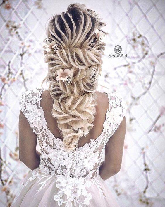 تسريحات شعر للعروس غاية في الرقة والرومانسية 2019 Elegant And Romantic Bridal Hairstyles Collection Penteados Chiques Penteados Classicos Penteado Noiva