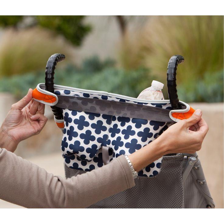 O Strech by Infantino é um acessório exclusivamente para carrinhos de bebê com sistema de fechamento estilo guarda-chuva (como o da Júlia e o da Bruna, o Peg Perego Pliko Switch). Feito de neoprene, o Stretch é uma pequena bolsa que vem com alças que esticam para serem encaixadas nos braços do carrinho. Ela tem…