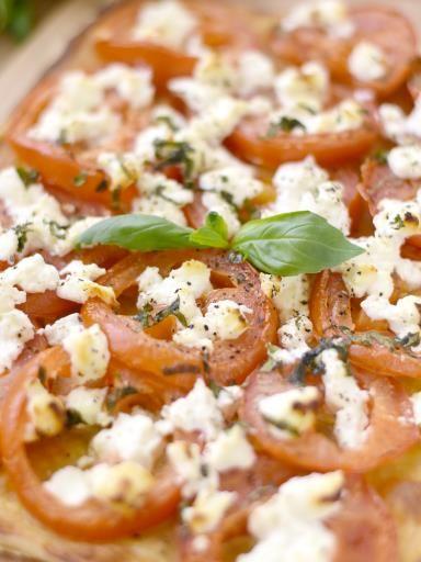 Tarte à la tomate et au chèvre - Recette de cuisine Marmiton : une recette