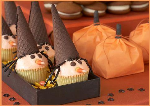 ★HALLOWEEN★ Cupcakes  http://tormenti.altervista.org/cupcakes-strega-halloween/