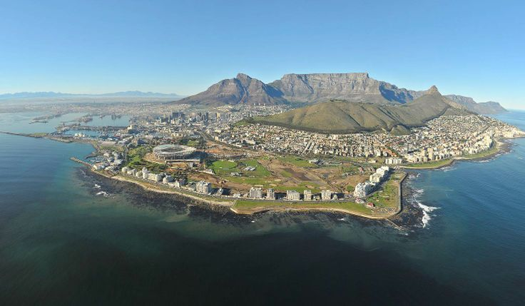 The best thing about Cape Town is that you are never more than a short walk from the surrounding national park. Here we see Green Point, with Sea Point and Bantry Bay to the right, the Waterfront to the left and the City Bowl tucked inside. africatravelresource.com