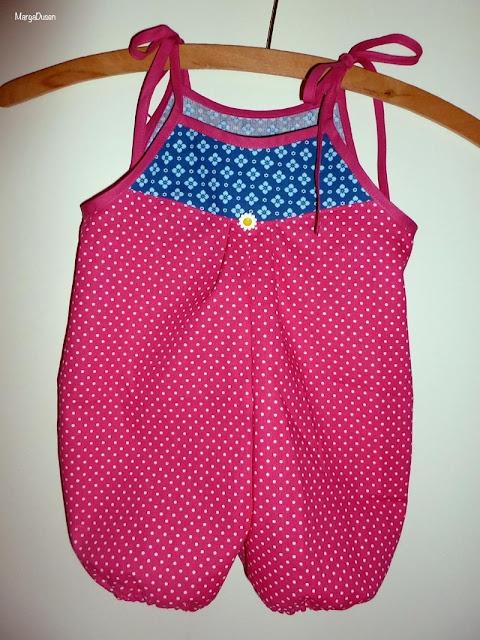 Baby buksedragt, Babygirl clothes