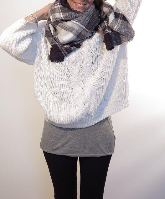 ¡Escribe a info@escampe.com para conseguir tu pañuelo de moda por 10€! 140 x 140 Pañuelo maxibufanda de cuadros (azul marino blanco)