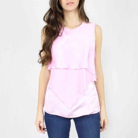 http://kabak.es/producto/blusa-volantes-rosa/