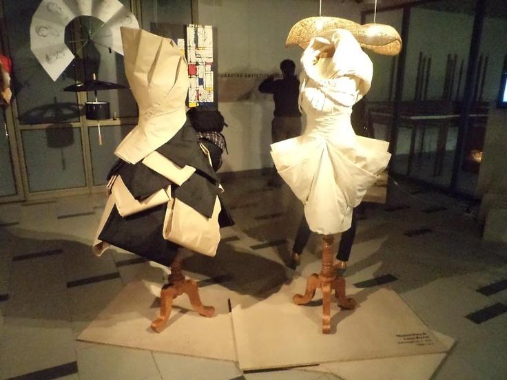 Vestidos de exhibición.