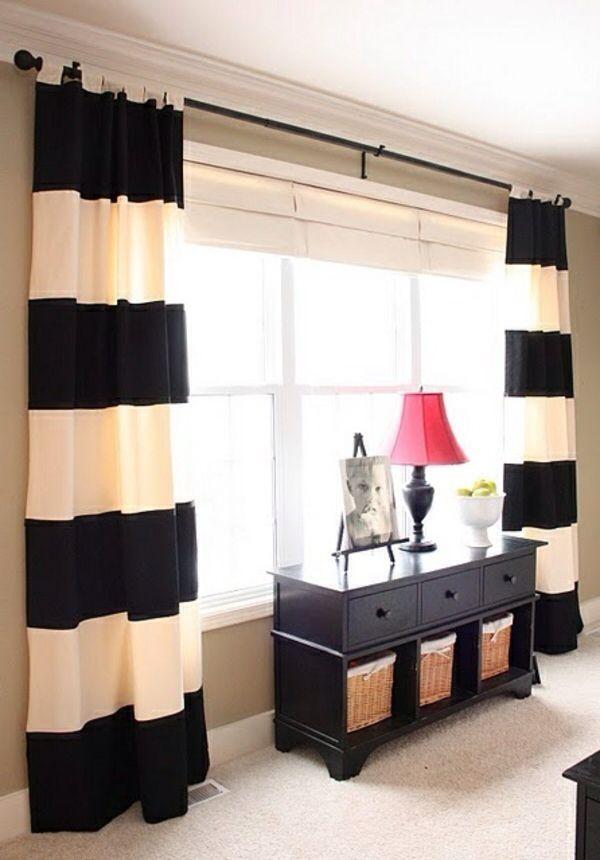 Vorhang schwarz weiß gestreift