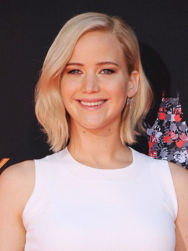 "Jennifer Lawrence Just Broke a Famous Fashion ""Rule"""
