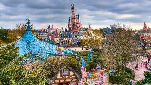 NOU!!! Disneyland Paris: Stai 4 nopti si platesti 2