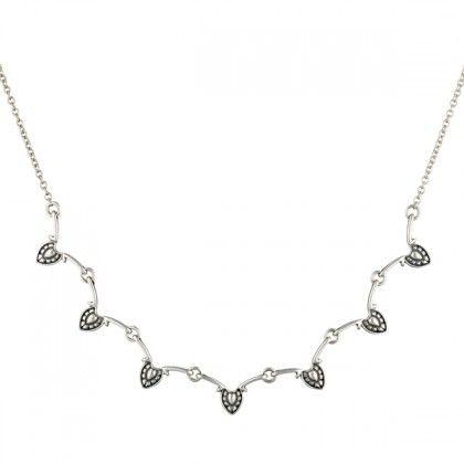 Kalevala Koru / Kalevala Jewelry / Tinkle Necklace / Helinä -kaulakoru / Designer: Tony Granholm Material: silver or bronze