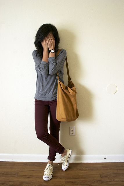 +10000000 for burgundy skinny jeans honestly.  This is a perfect example of what I want my everyday fall outfits to be, not 100% super feminine, but cute and casual and put-together.