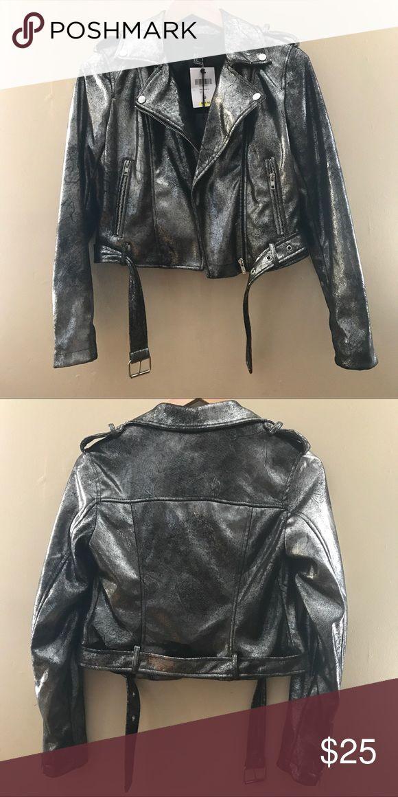9683bc4139fffe Forever 21 Silver Moto Jacket NWT   Zara Jacket   Jackets, Moto jacket, Zara  jackets