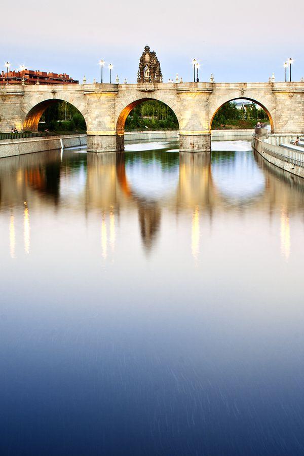 Toledo Bridge in Madrid Río Park, Spain