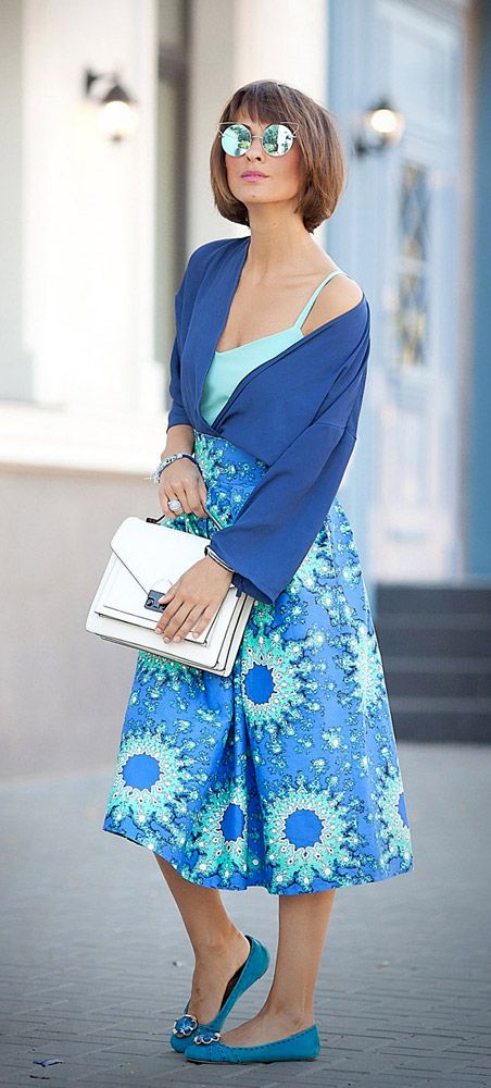 midi skirt | blue colors | summer outfits | street style