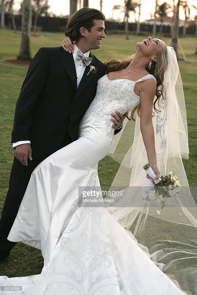Donald Trump, Jr. and Vanessa Trump pose outside after their wedding ceremony at the Mar-a-Lago Club November 12, 2005 in Palm Beach, Florida.
