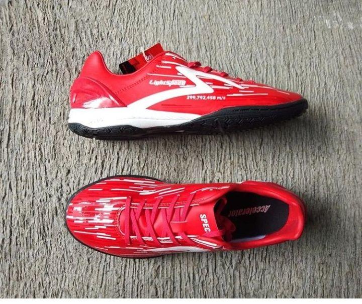 Sepatu Futsal Murah Meriah Berwarna Merah 400k Negoo Sepatu