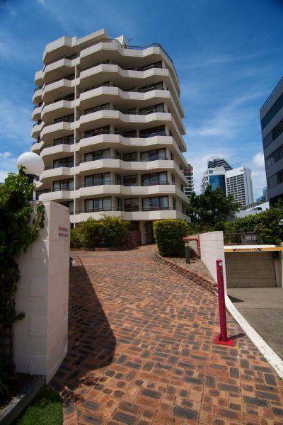 Barbados Holiday Apartments - The Apartment - Broadbeach 2 Bedroom Holiday Apartments