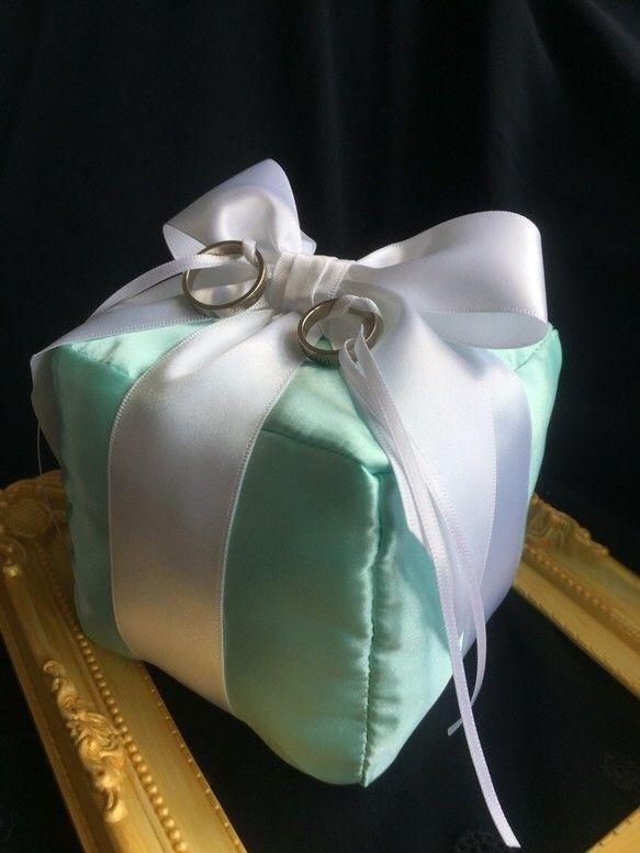 リングピローと結婚式のペン【ティファニーブルー】限定キャンペーン!Tiffanyブルー送料無料おしゃれ手作り