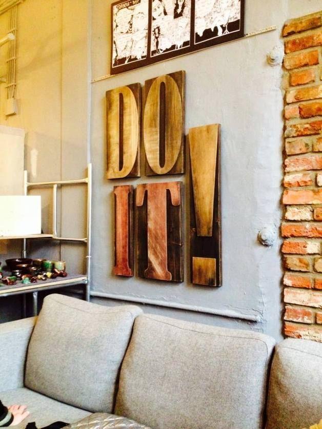 Olbrzymie czcionki na ścianę DO IT! - domus-by-dVorus - Dekoracje ścienne