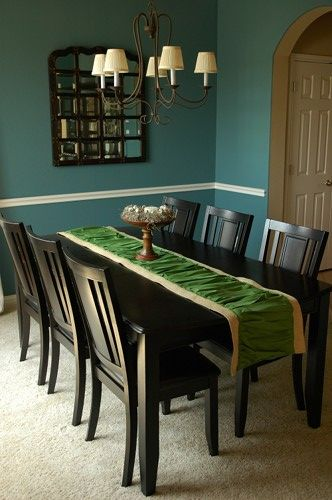 241 best Table runners images on Pinterest