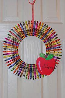 The Good Life: DIY Crayon Wreath