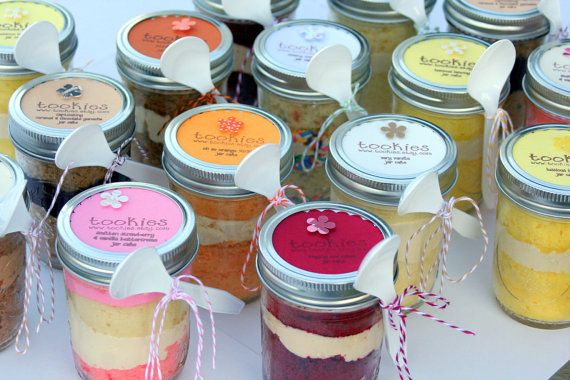 Cake in a Jar! Diff flavors! Great Gift Idea