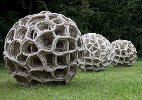 Judy Tadman - Giant seed pods created using sisal rope and linen yarn constructed using a crochet technique. Each pod contains 220 metres of sisal rope.
