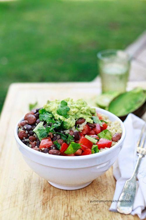 "vegan-yums: ""Quinoa Taco Bowls + Quick Guacamole Recipe """