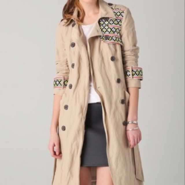 Gryphon New timeless trench. Love this!: Style Embroidered, Ahh Gryphon, Gryphon Trench, Fashionista File, Embroidered Trench, Timeless Trench, Trench Coats, Gryphon Coats, Trench Style