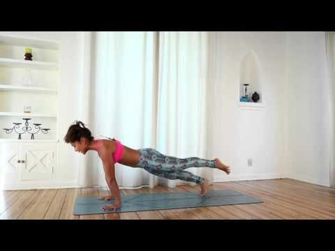 Free Power Vinyasa Yoga Class with Briohny Smyth - YouTube (15 min. no savasana)