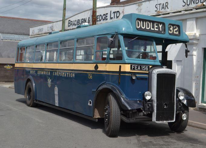 1952 Daimler Bus