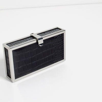 Εικόνα 2 του ΤΣΑΝΤΑ BOX ΜΕ ΑΝΑΓΛΥΦΑ ΣΧΕΔΙΑ από Zara