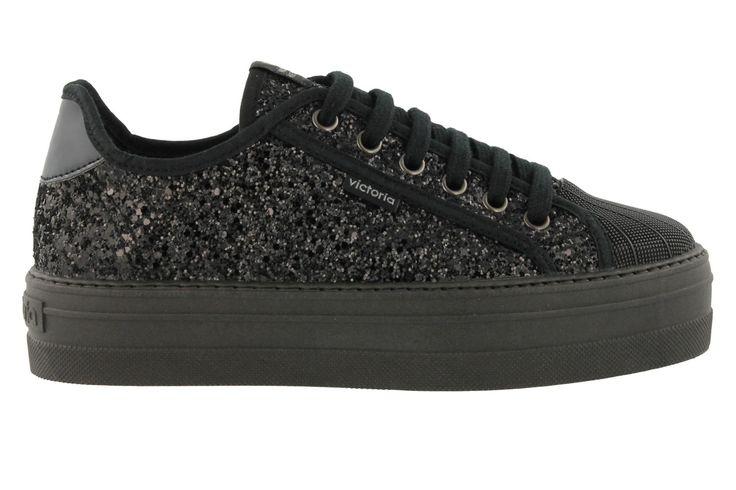 Sneaker compensée Victoria pour femme, fabriquée en PU GLITTER avec bout renforcé en caoutchouc et semelle compensée.