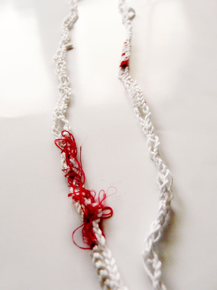 cotton-thread_knitted necklace_red silk details